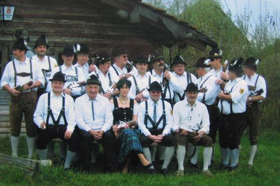 Die Böllerabteilung der Birkhahnschützen Eschetshub