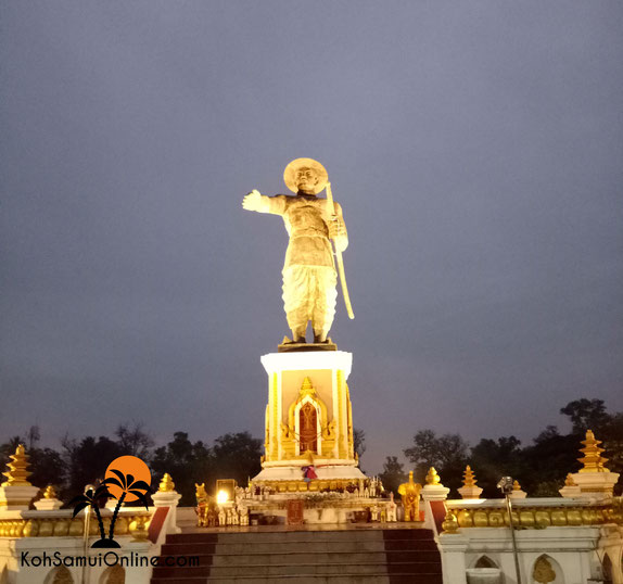 Vientiane Statue am Night Market