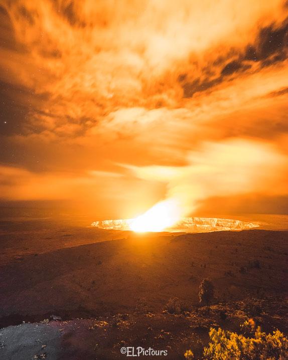 Kilauea Crater, Volcano National Park, Big Island Hawaii