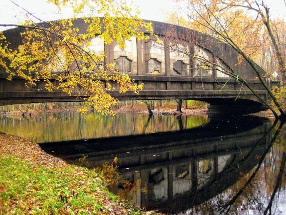 Pine Island Drive Bridge