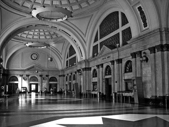 Hall de la estación de Francia en Barcelona