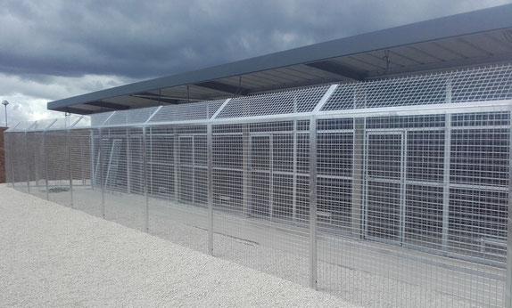 Chenil gendarmerie de Celles sur Belle par ACMB construction métallique en Poitou Charentes