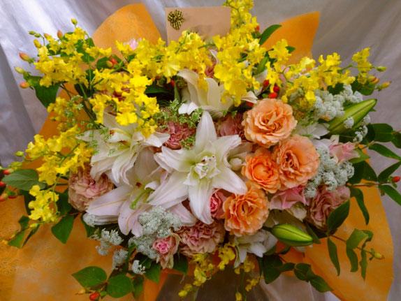 犬供花フラワーアレンジ