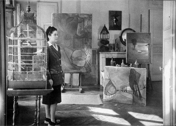 ドラ・マールのアトリエ。1946年。