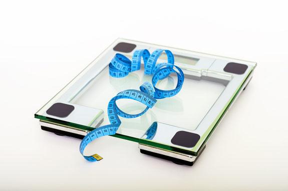 korrekt vom ernährungscoach wiegen