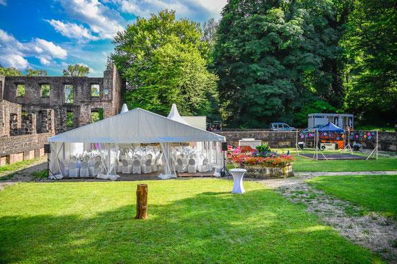 Heiraten zwischen Ettlingen und Bad Herrenalb - Klosterruine Frauenalb Hotel bei Bad Herrenalb