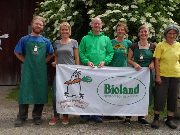 hinten: Bolle mit Joscha, Stefanie, David vorne: Nanuk und Sonja, Alex