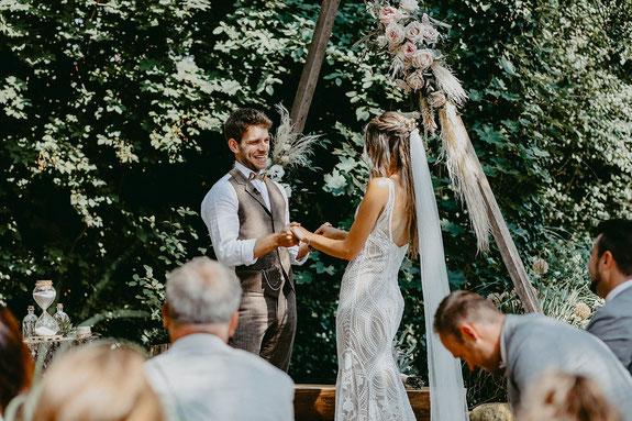 Persönliche Eheversprechen bei der freien Trauung
