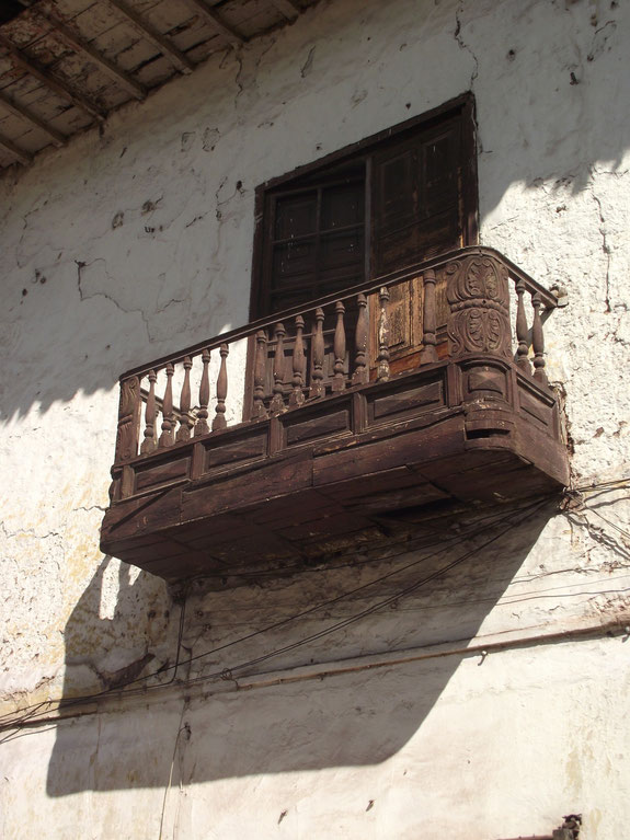 architecture Cusco Peru balcony