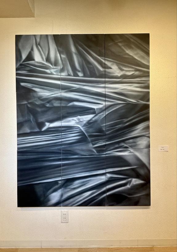 「TRASH」(156×124cm アクリル・エアブラシ)