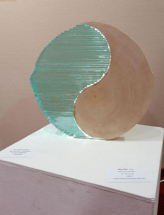 Holz und Glas und LED-Licht, Lothar Hofmann
