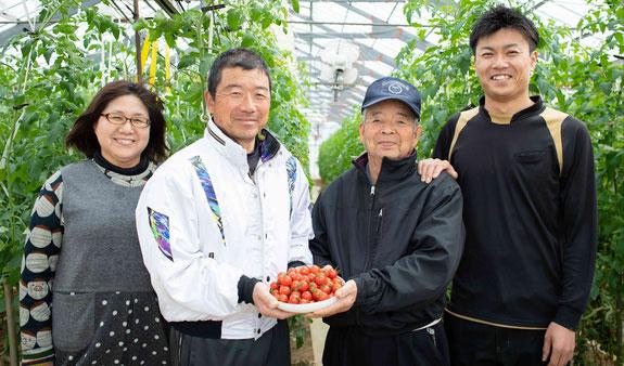 おがわ農園の家族写真