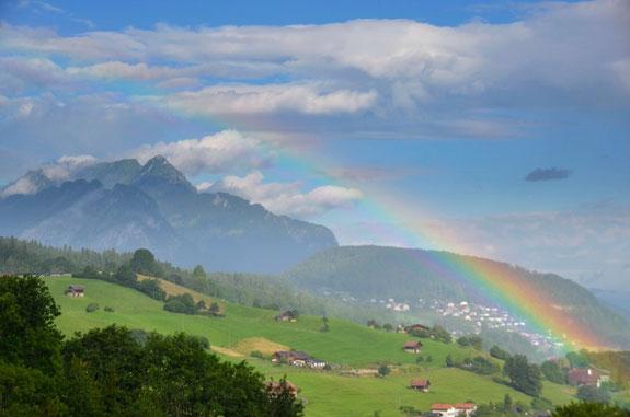 rainbow, regenbogen, rainbow world, regenbogenwelt, taksim, lesbian&gay, lesbisch schwul, AincaArt, Ainca Gautschi-Moser, Foto und Text, Writer, Photographer, www.aincaart.ch, Quersatz,