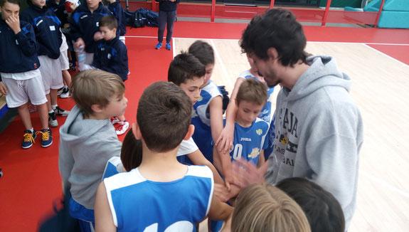 I ragazzi dell'Under 12 con coach Mondino - foto di repertorio