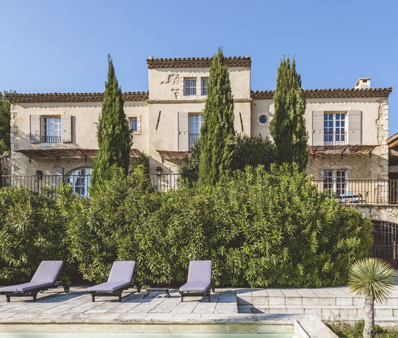 An authentic luxury villa in south of France