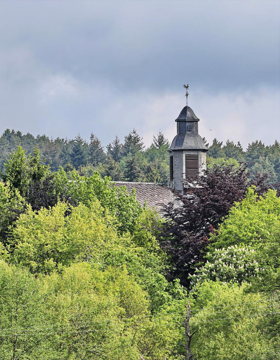 Kirche Konfeld Saarland Weiskirchen Blitzlichtkabinett