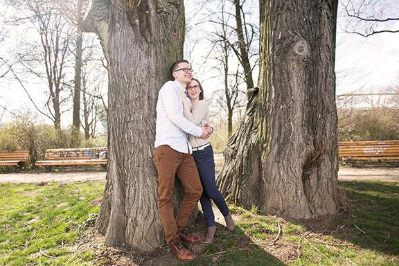 Kreative Paarfotos fotografiert das Team vom Fotostudio Osnabrück