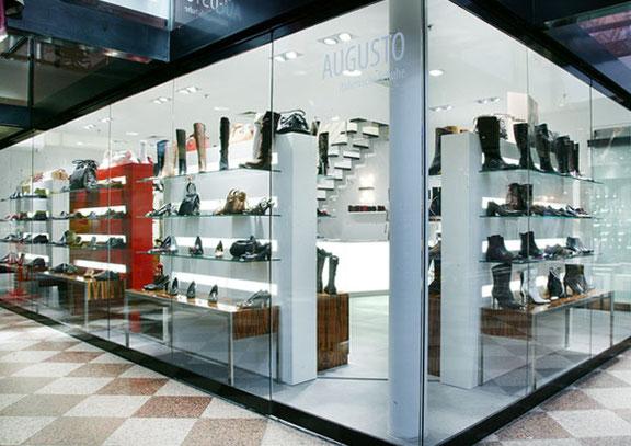 Fotograf aus Osnabrück fotografiert Firmenreportage vom Store Opening