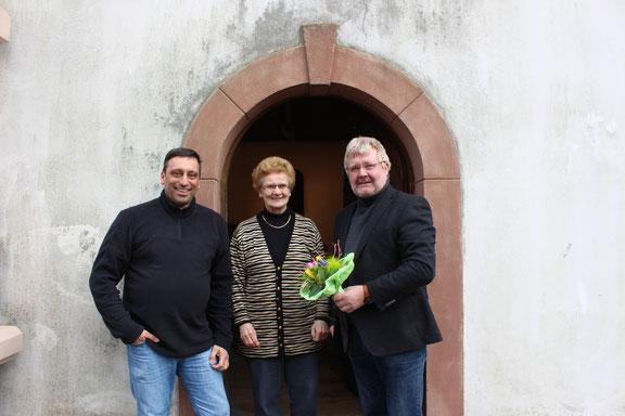 Gerd Backes stellvertreter, Edith Wirtz, Ortsvorsteher Toni Schäfer