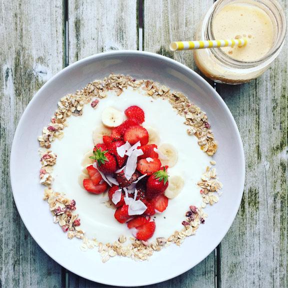 Ernährung für den Beckenboden: Tipps und viel Liebe für den Beckenboden auf dem Mama Yoga Blog MOMazing.