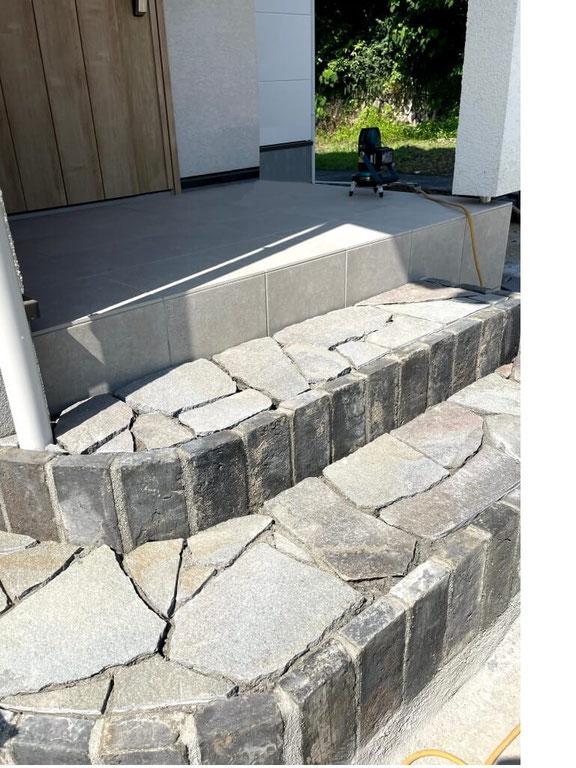 【施工中】自然石階段