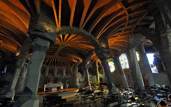 スペインの世界遺産「グラナダのアルハンブラ、ヘネラリーフェ、アルバイシン地区」、ナスル朝宮殿コマレス宮、アラヤネスの中庭