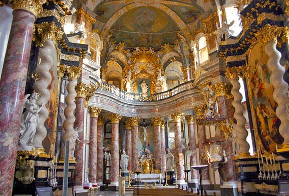 世界遺産「ヴュルツブルク司教館、その庭園群と広場(ドイツ)」、宮廷礼拝堂ホーフキルヒェ