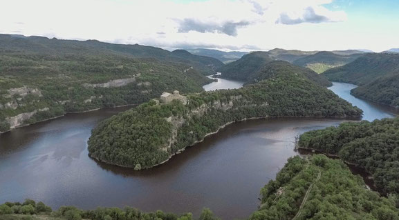 Сант Пере де Касерес - красивые монастыри Каталонии