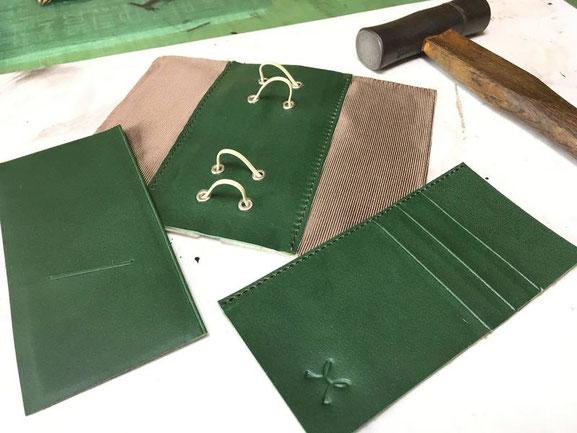 革の手帳ーーパーツを組み立てました