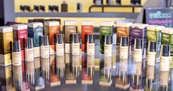 premium Naturkosmetik, natürlich, bio-, vegan, hautregenerierend, hautnährend, gesund, wirksam und effizient