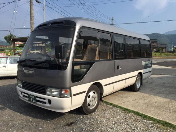 バス車両 小型24人乗りマイクロバス