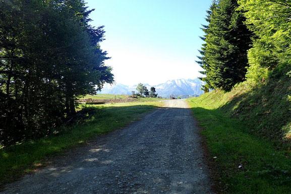 Arrivée au Col de Couraduque (1372m).