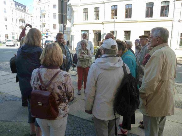 TKK-Mitglieder bei der Stadtführung durch  das Gründerzeitviertel