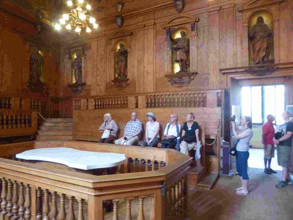 Der Sektionstisch in der alten Universität von Bologna