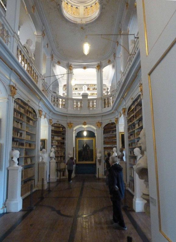 In der Herzogin Anna-Amalia-Bibliothek