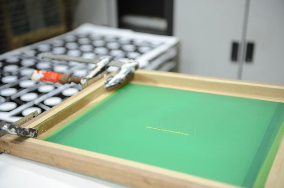 manual silkscreen printing