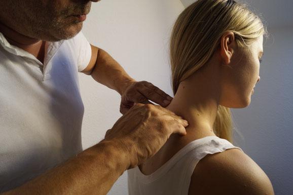 Nackenschmerzen Osteopathie Mönchengladbach