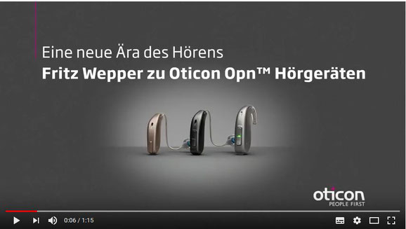 Mit Fritz Wepper hatte Oticon 2016/2017 sogar einige Videos produziert (Bild: Youtube)