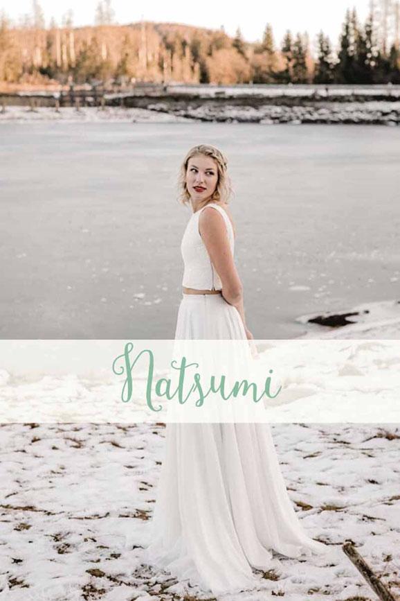 Zweiteiler: Spitzentop ~ Natsumi ~ und Chiffonrock ~ Julina ~ Die neue elementar Brautkollektion NO FAIRY TALE besticht durch natürliche Lässigkeit und nachhaltige Materialien.