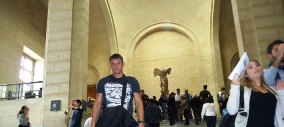 Знаменитые шедевры Лувра