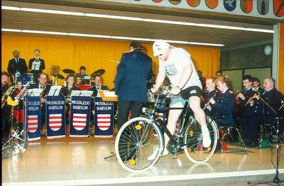 "1990: Heiner Krone als ""Happy Cyclist"""