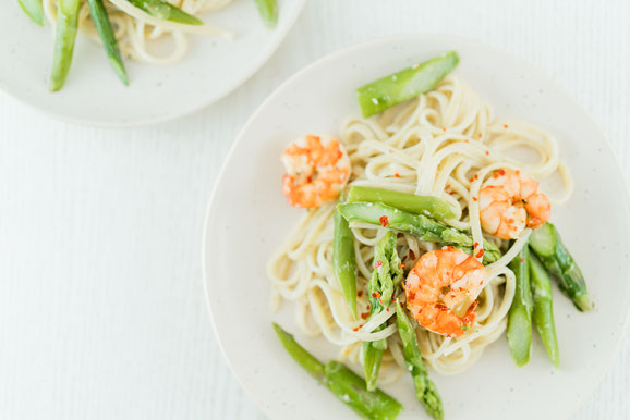 Crevetten-Spargel-Spaghetti aus dem Dampfgarer.