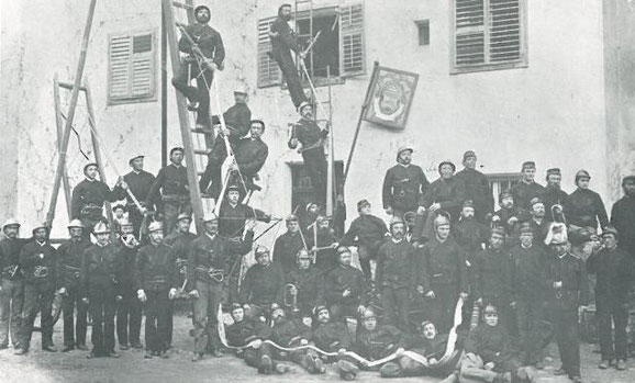 Ältestes Foto der FF Schlanders 1894