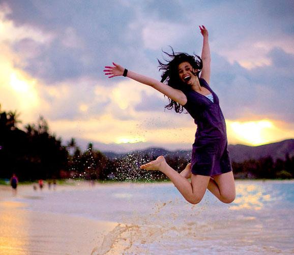 прыгающие люди в фотографии-22