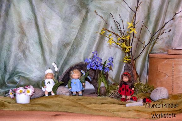 Blumenkinderwerkstatt Jahreszeitentisch im April