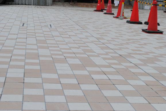 横浜市青葉区の基礎塗り替え工事