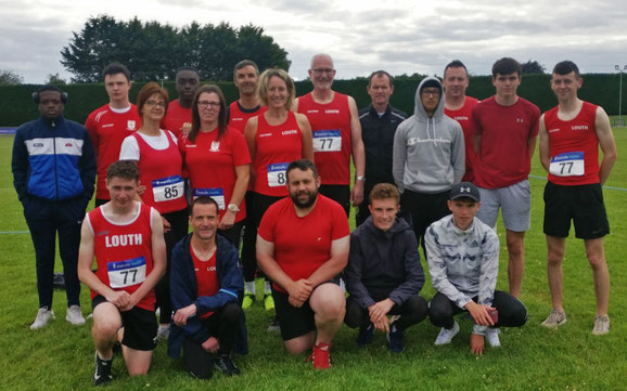 Men's and women's teams in Tullamore