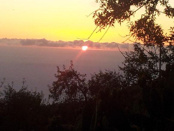 Sonnenuntergang von der Terrasse aus