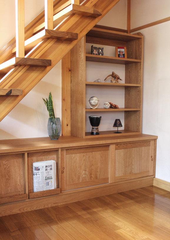 階段下の造り付け収納&飾り棚(愛川町・M様邸)完成
