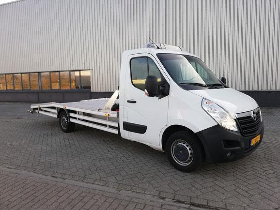 Oprijwagen huren autoambulance auto transport trailer auto vervoeren